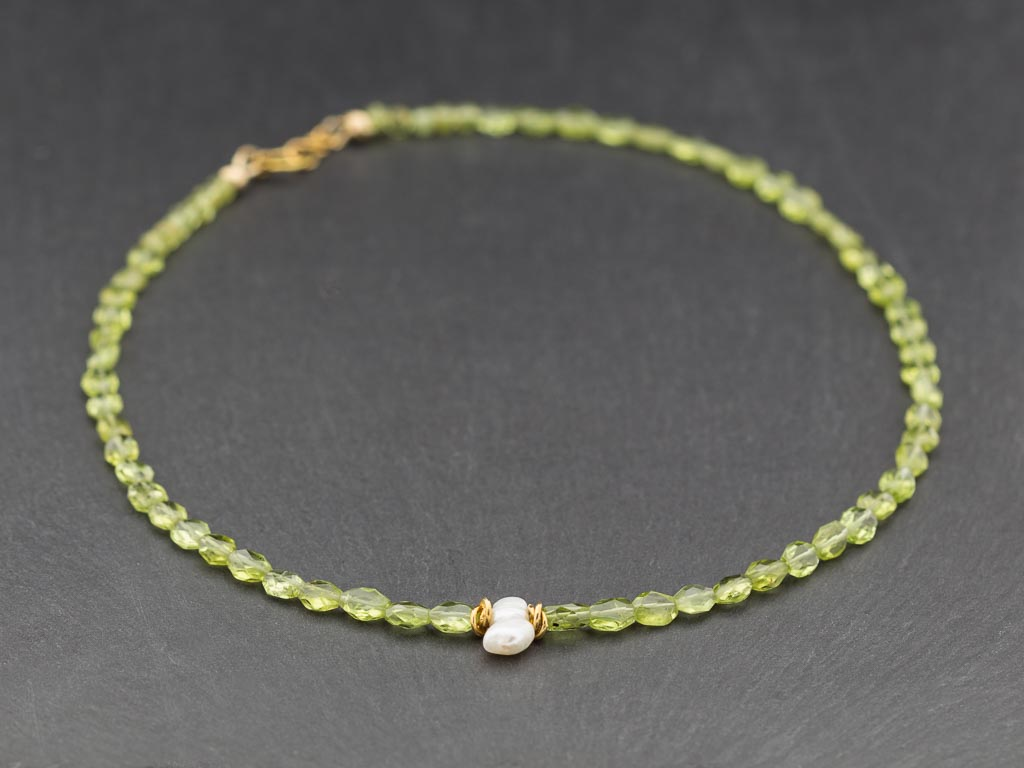 Peridot Necklace Pearl Green Gold Uniquely Shaped Rhombs