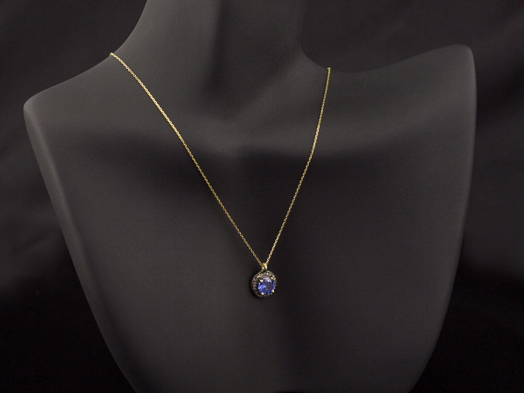 Tanzanite Amp Diamonds Gold Necklace With Silver And Black