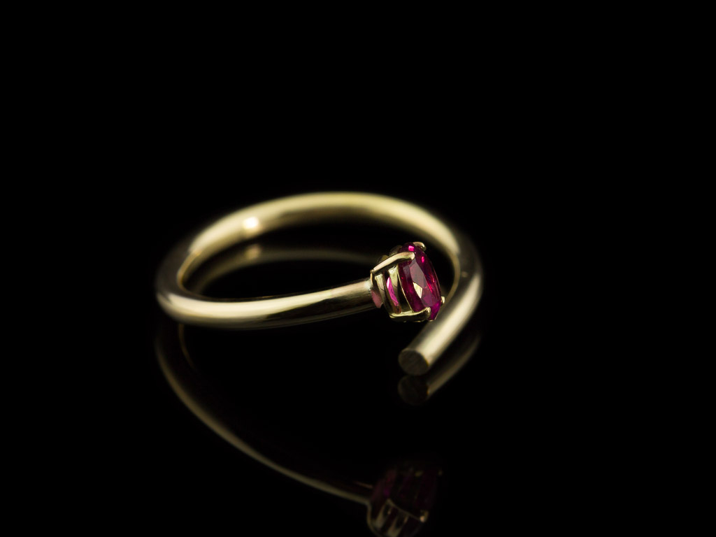 Rubellite Gold Open Ring In Solid Gold With Tourmaline